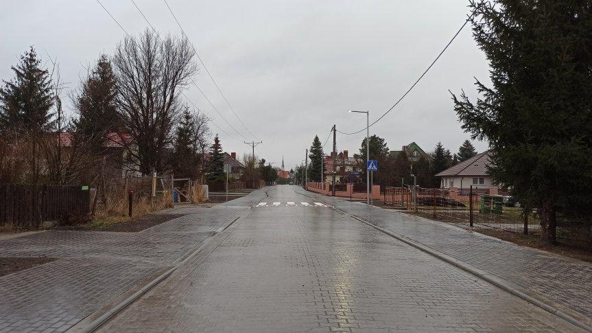 Żerniki Wrocławskie: Rozbudowa ul. Wiosennej zakończona (ZDJĘCIA)